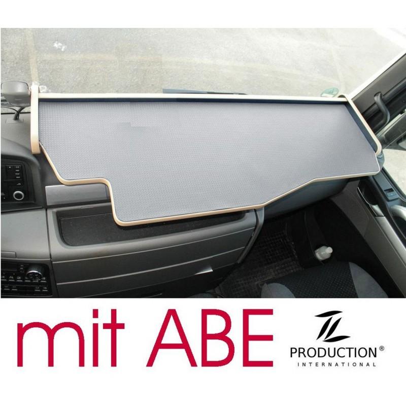 MAN TGX durchgehender LKW-Tisch Kante beige Anirutschmatte grau mit ABE