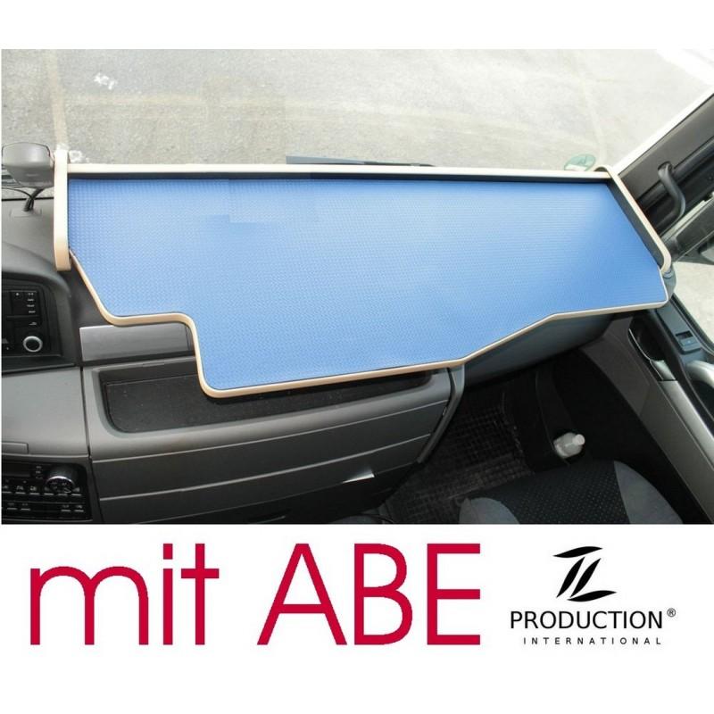 MAN TGX durchgehender LKW-Tisch Kante beige Anirutschmatte blau mit ABE