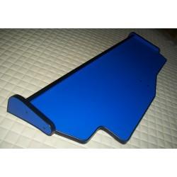 MAN TGX durchgehender LKW-Tisch Kante schwarz Anirutschmatte blau Detailbild
