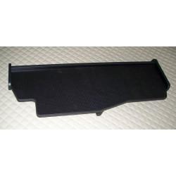 MAN TGX durchgehender LKW-Tisch Kante schwarz Anirutschmatte schwarz Muster