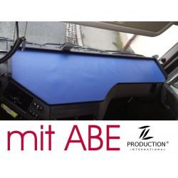 DAF EURO 6 (XF106) Super Space Cap durchgehender LKW-Tisch Kante schwarz Anirutschmatte blau mit ABE