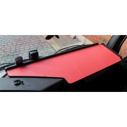 Mercedes Actros Big Space MP4 & MP5 durchgehender LKW-Tisch Kante schwarz Anirutschmatte rot im Fahrerhaus montiert