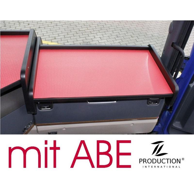 Scania G Ablagetisch Beifahrerseite Kante schwarz Anirutschmatte rot mit ABE