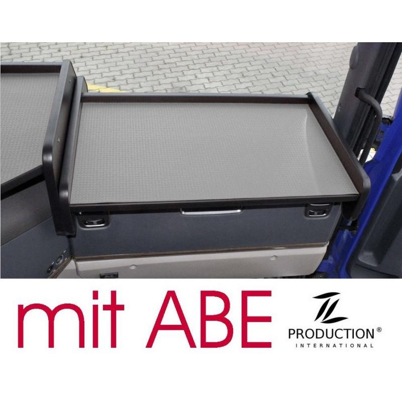 Scania G Ablagetisch Beifahrerseite Kante schwarz Anirutschmatte grau mit ABE
