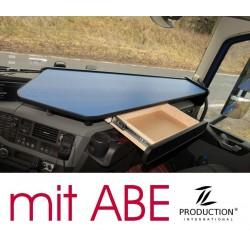 VOLVO FH4 durchgehender LKW-Tisch mit Auszug Kante schwarz Anirutschmatte blau mit ABE