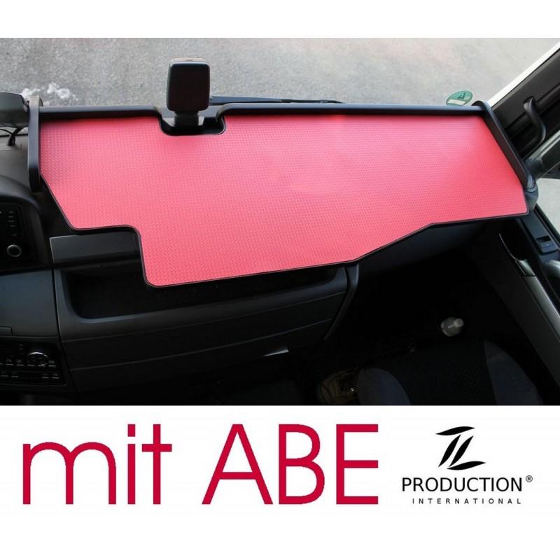 MAN TGX durchgehender LKW-Tisch mit Ausschnitt Kante schwarz Matte rot mit ABE