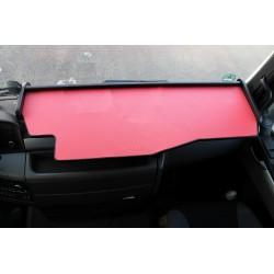 MAN TGS durchgehender LKW-Tisch Kante schwarz Antirutschmatte rot Beispielbild