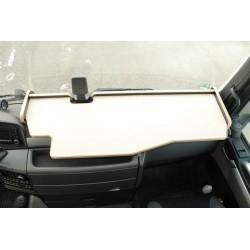 MAN TGS durchgehender LKW-Tisch mit Ausschnitt für Fahrassistent Kante biege Antirutschmatte beige für Fahrerhaus